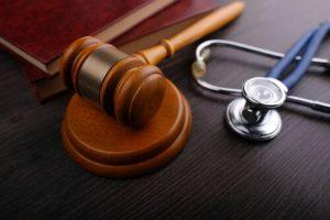 personal-injury-lawyer-gavel
